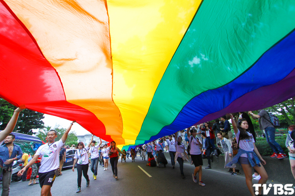 同志大遊行, 行動響應平權 彩虹經濟商機崛起